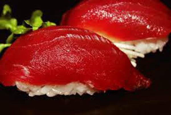 Sự thật tàn khốc đằng sau miếng sushi cá ngừ đắt giá-1