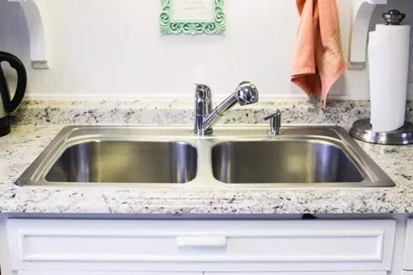 Tẩy sạch vết bẩn trên bếp với tuyệt chiêu thần thánh mà không cần rửa, ai cũng làm được-13