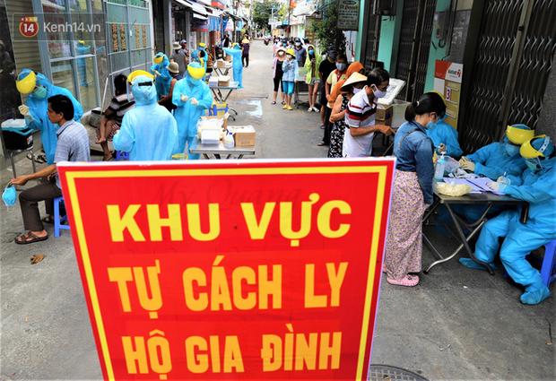 Lịch trình của 21 ca Covid-19 mới ở Đà Nẵng: Có người là bảo vệ bến xe, giáo viên, người đi chùa, đám cưới, lấy cao răng-1