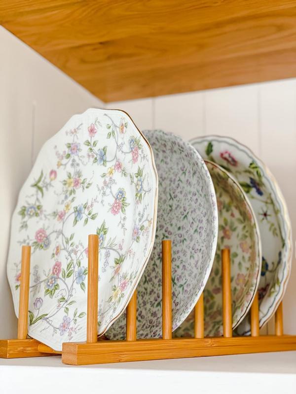 Căn bếp của vợ chồng trẻ Đà Lạt khiến chị em mê mẩn: Lên xứ bơ nên làm bếp cũng màu 034 mới chịu!-12