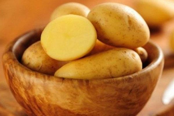 Lỡ bị bỏng, hãy cắt ngay một khoanh khoai tây đắp lên sẽ xảy ra điều kỳ diệu-1