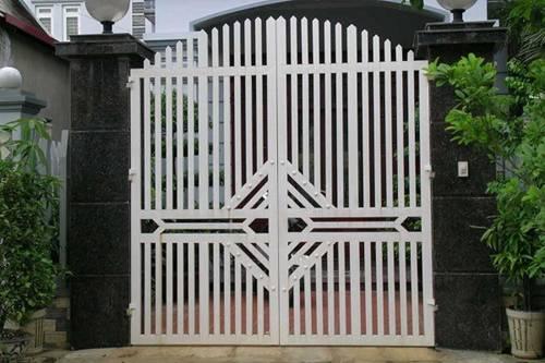Những mẫu cổng nhà đẹp đơn giản nhưng hiện đại và sang trọng nhất 2020-5