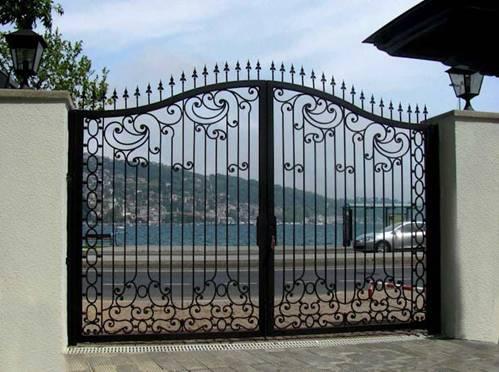 Những mẫu cổng nhà đẹp đơn giản nhưng hiện đại và sang trọng nhất 2020-6