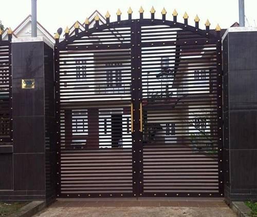 Những mẫu cổng nhà đẹp đơn giản nhưng hiện đại và sang trọng nhất 2020-7