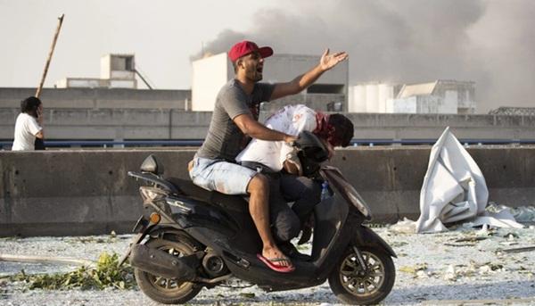Trái tim rỉ máu của Liban: Cảng Beirut hóa thành tro tàn sau vụ nổ, tiếng gào thét ai oán tuyệt vọng đầy tang thương-4