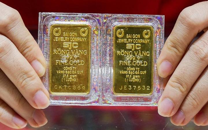 Giá vàng tăng 2 triệu đồng/lượng chỉ trong vài giờ đồng hồ-1