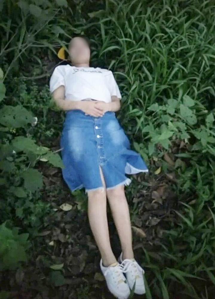 Nhờ bạn thân chụp cho bộ ảnh hòa mình với thiên nhiên, cô gái xem xong òa khóc vì có khác gì ảnh chụp hiện trường một vụ trọng án?-2