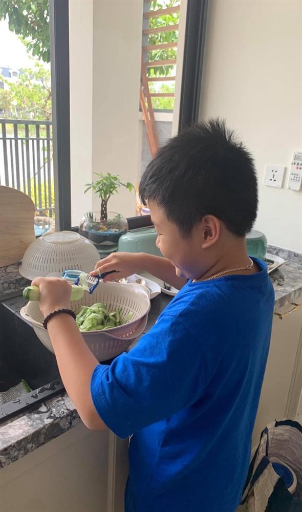 Gái một con Vân Hugo khoe tài nấu ăn, bảo sao bạn trai doanh nhân không mê cho được-3