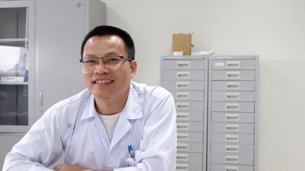 Việt Nam bắt đầu thử nghiệm điều trị Covid-19 bằng huyết tương-1