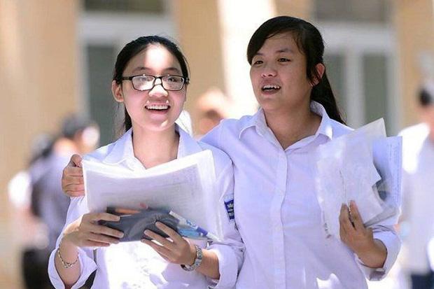 Điểm trúng tuyển đại học của thí sinh thi tốt nghiệp đợt 2 liệu có thấp hơn đợt 1?-1