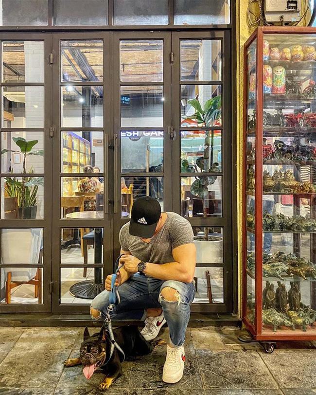 HLV thể hình bán dâm 18 triệu đồng: Từng học đại học danh tiếng tại Hà Nội, cuộc sống sang chảnh, body 6 múi đúng chuẩn gym thủ-5