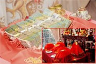 Nhà gái đòi 300 triệu, 6 cây vàng mới cho cưới, nam thanh niên bủn rủn xin lời khuyên