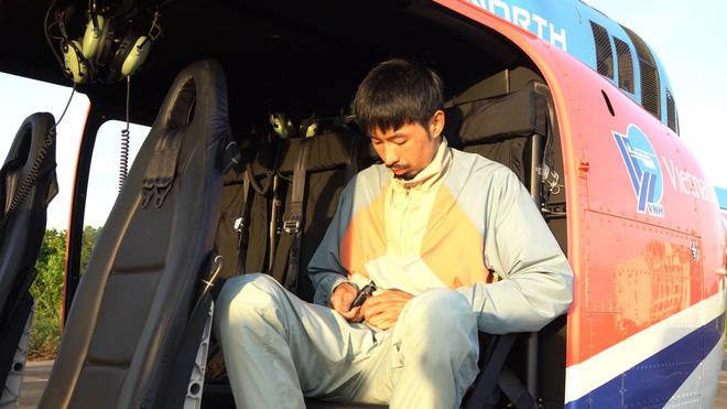Đen Vâu ngồi đọc rap trên trực thăng-2