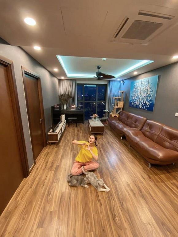 Không gian căn hộ của diễn viên Hương Giang-2