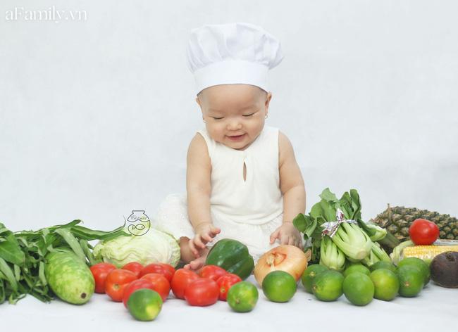 Nhờ mỗi chiếc nồi luộc gà và rau củ trong bếp, mẹ trẻ giúp con có ngay bộ ảnh xịn mịn chẳng kém gì ngoài tiệm-3