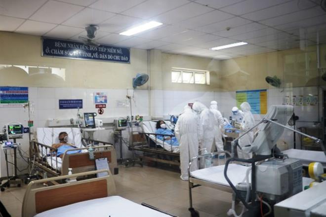 Số bệnh nhân COVID-19 tiên lượng không qua khỏi ở Đà Nẵng khá nhiều-2