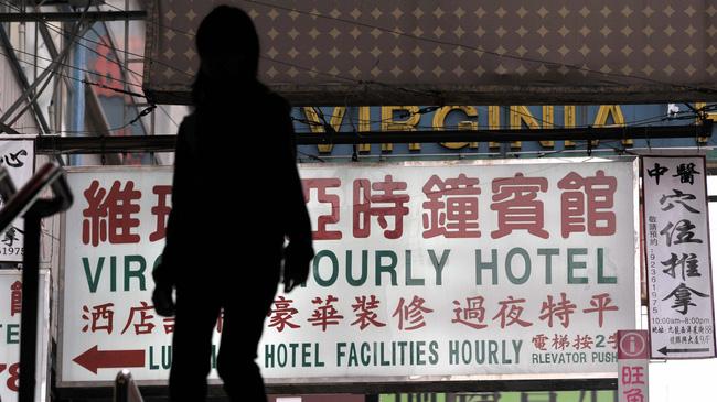 Chuyện về những phụ nữ Trung Quốc chấp nhận làm vợ bé: Người quan hệ chủ yếu vì tiền, người cần chỗ dựa tinh thần chốn thành thị-2