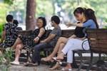 Hà Nội: Nhiều người vẫn thờ ơ trước quyết định xử phạt không đeo khẩu trang nơi công cộng