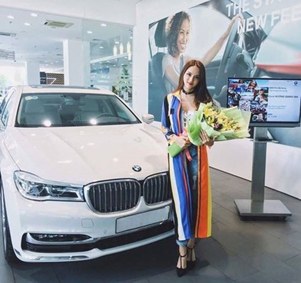 Giàu lại thêm giàu, Hương Giang - Matt Liu về chung nhà thì tài sản thêm khủng: Chàng thích siêu xe tốc độ, nàng thích bất động sản-3