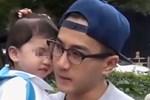 Netizen xôn xao trước phát hiện con gái Lưu Khải Uy - Dương Mịch không giống bố mẹ mà lại hao hao Châu Kiệt Luân