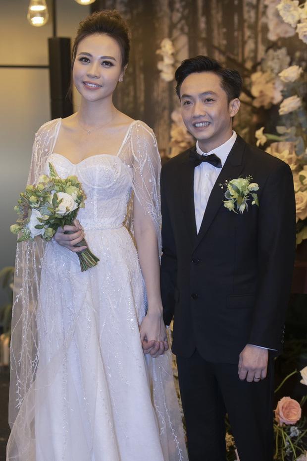 HOT: Đàm Thu Trang chính thức hạ sinh con gái đầu lòng cho Cường Đô La-5