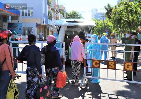Lịch trình lui tới nhiều nơi đông người của 16 ca Covid-19 ở Đà Nẵng: Đi làm tại trung tâm hành chính, đám cưới, cafe, siêu thị...-1