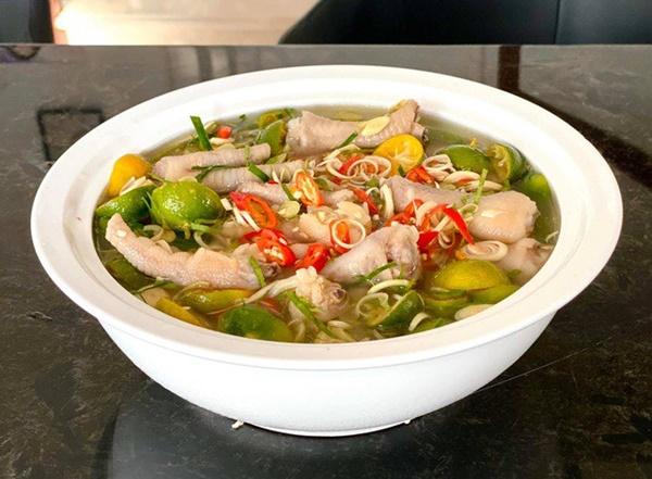 NSƯT Trịnh Kim Chi làm bánh cuốn nhìn hấp dẫn như mua ngoài hàng-12