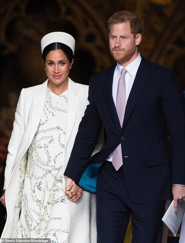 Chỉ đưa ra 1 lời khuyên trong mối quan hệ với Meghan Markle, bạn thân nhất của Harry bị hoàng tử nước Anh trừng phạt lập tức-3
