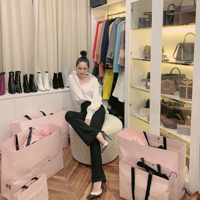 Mẹ của Matt Liu có bộ sưu tập túi hiệu chuẩn đại gia, xem chừng hợp cạ với con dâu tương lai Hương Giang quá đi thôi-11