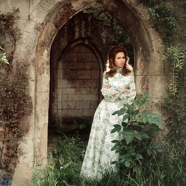 Con gái duy nhất của Nữ hoàng Anh - Nàng công chúa bị chê nhạt nhòa nhưng lại là quốc sắc thiên hương khuynh đảo một thời-11
