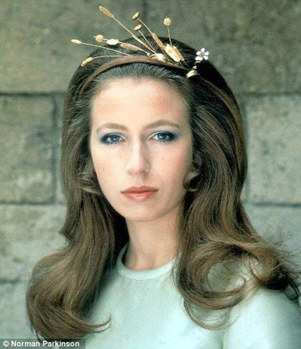 Con gái duy nhất của Nữ hoàng Anh - Nàng công chúa bị chê nhạt nhòa nhưng lại là quốc sắc thiên hương khuynh đảo một thời-4