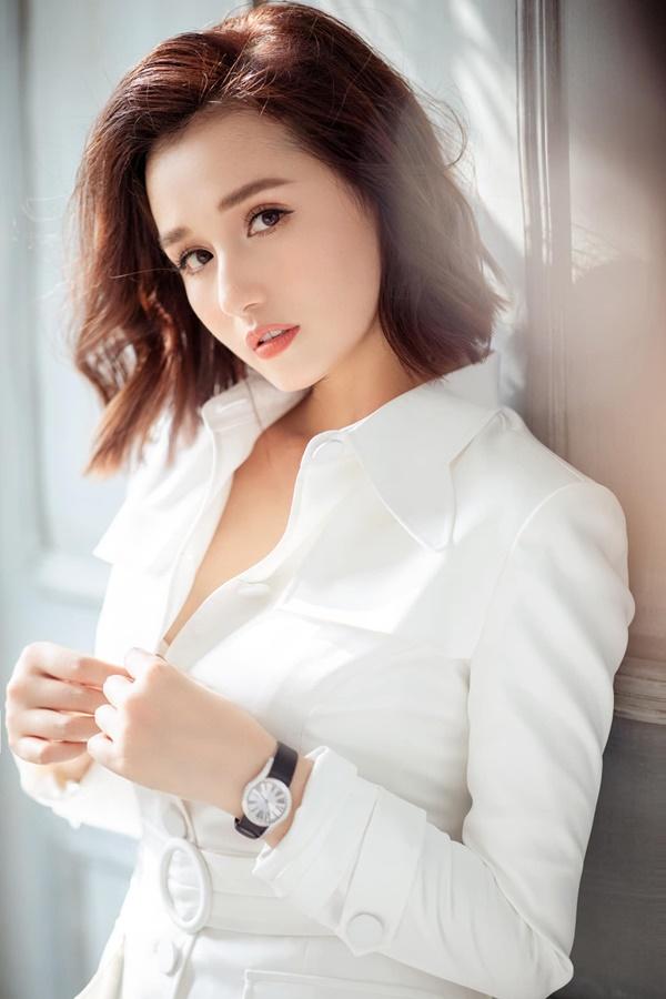 Là mẫu phụ nữ hiện đại nhưng Lã Thanh Huyền đã vào bếp là nấu toàn món ngon-1