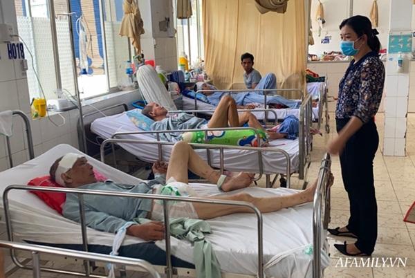TP.HCM: Bệnh viện khẩn tìm người thân cho cụ ông bị té đập đầu mê sảng, không có ai bên cạnh-4