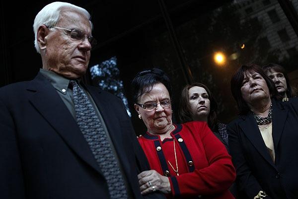 Ông bố chỉ đích danh nghi can sát hại con gái nhưng không một ai tin, sau 25 năm tên sát nhân lộ diện khiến tất cả choáng váng-6