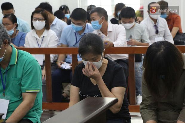 Xét xử phúc thẩm vụ học sinh trường Gateway tử vong trên xe đưa đón: Bị cáo Nguyễn Thị Bích Quy kêu oan-8