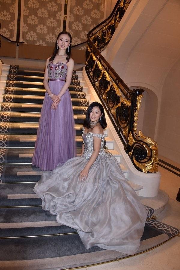 Công chúa út Vua sòng bài Macau hội ngộ dàn rich kid Trung Quốc, nghi vấn dấn thân vào showbiz cùng hội chị em giới siêu giàu-7