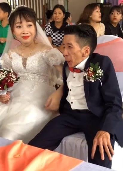 Đám cưới cổ tích của chàng trai khuyết tật và cô gái xinh đẹp: Tình yêu chỉ cần cảm xúc thật của cả hai là đủ!-2
