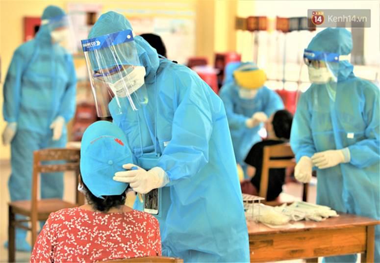 Lịch trình của 4 ca Covid-19 mới ở Quảng Nam: Người buôn bán ở chợ, người là nhân viên tại 1 resort ở Hội An-2