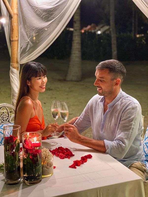 Hạnh phúc mặn nồng với chồng Tây, siêu mẫu Hà Anh bật mí chị em bí quyết giữ lửa hôn nhân-4