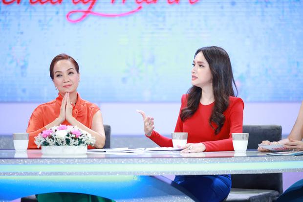 """Tiểu tam tìm đến tận nhà, Hương Giang nhắn: Em lên phòng chị chơi đợi chồng chị về""""-4"""