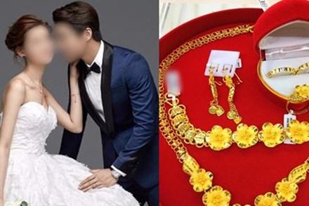 Ép cô dâu trong đêm tân hôn phải đưa vàng cho mẹ chồng giữ với lí do