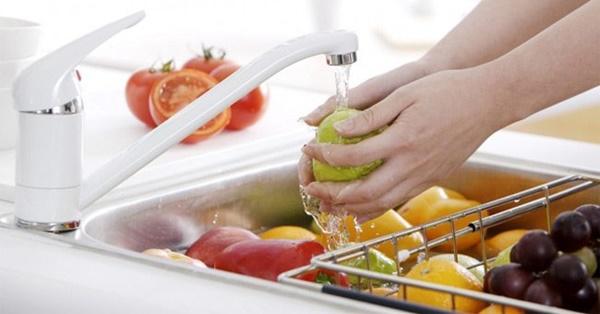 Rửa rau ai cũng nghĩ dễ ợt thế nhưng có những điều hầu hết chúng ta còn lơ mơ lắm!-8