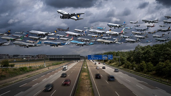 Ngoạn mục hàng trăm máy bay cất cánh cùng lúc như thể tắc đường hàng không cùng loạt khoảnh khắc ở sân bay khiến ai cũng há hốc-9