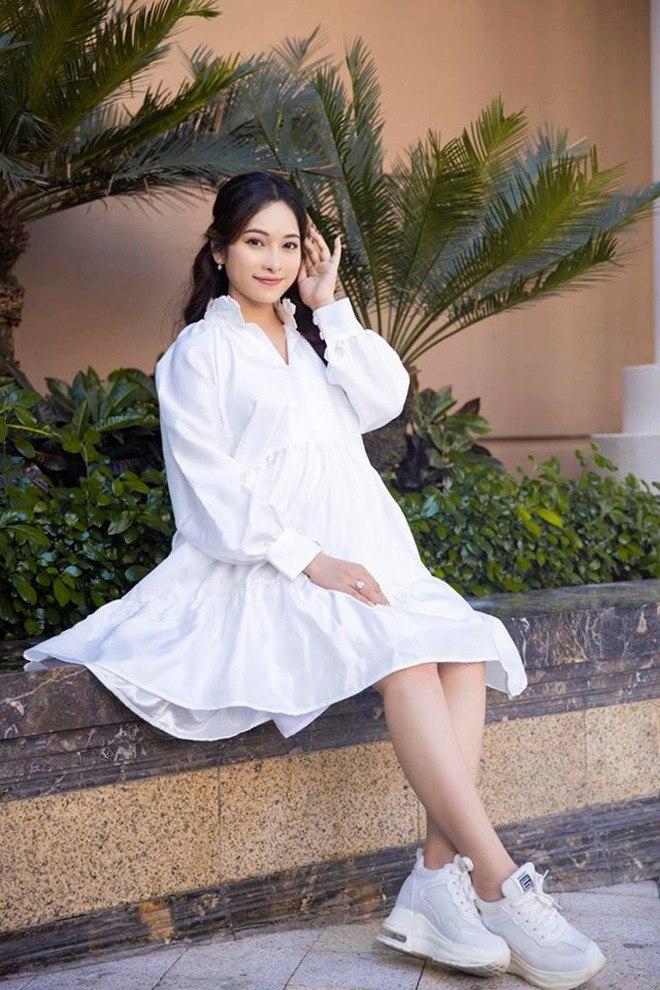 Vợ trẻ Dương Khắc Linh khoe cận cảnh 2 em bé đạp, lộ luôn phòng sơ sinh sang xịn-4