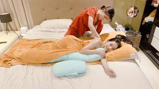 Vợ trẻ Dương Khắc Linh khoe cận cảnh 2 em bé đạp, lộ luôn phòng sơ sinh sang xịn-6