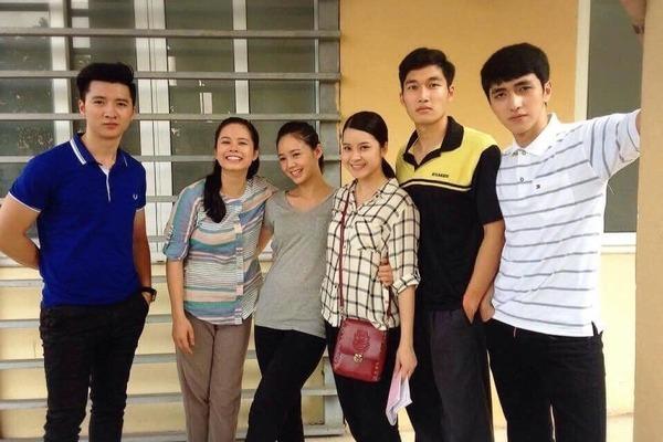 Nguyễn Trọng Hưng đóng cùng Quỳnh Kool trong Đi qua mùa hạ-1