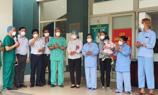 Kỷ lục số bệnh nhân Covid-19 xuất viện trong một ngày ở Đà Nẵng-1