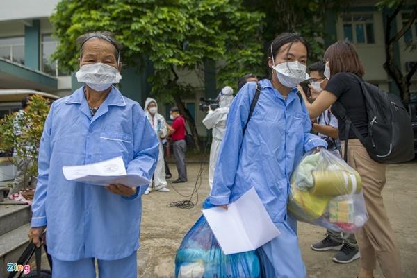 Kỷ lục số bệnh nhân Covid-19 xuất viện trong một ngày ở Đà Nẵng-6