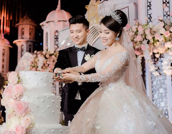Từng là nàng công chúa được nâng niu trong đám cưới xa hoanhưng cuối cùng Âu Hà My vẫn bị chồng bạc bẽo phụ tình-4
