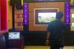 Quán karaoke đóng cửa trước, lén đón khách cửa sau giữa lúc mùa dịch Covid-19 bị bắt quả tang